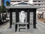 青山墓苑の永代供養塔