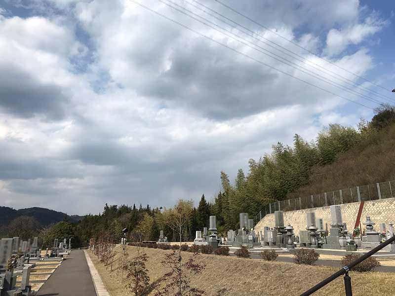 里庄町やすらぎ霊園_10932