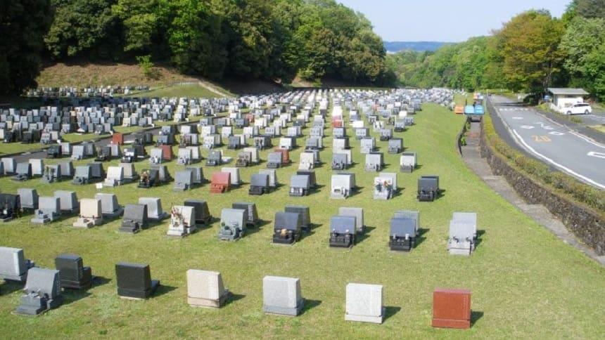 八王子霊園の芝生埋蔵施設