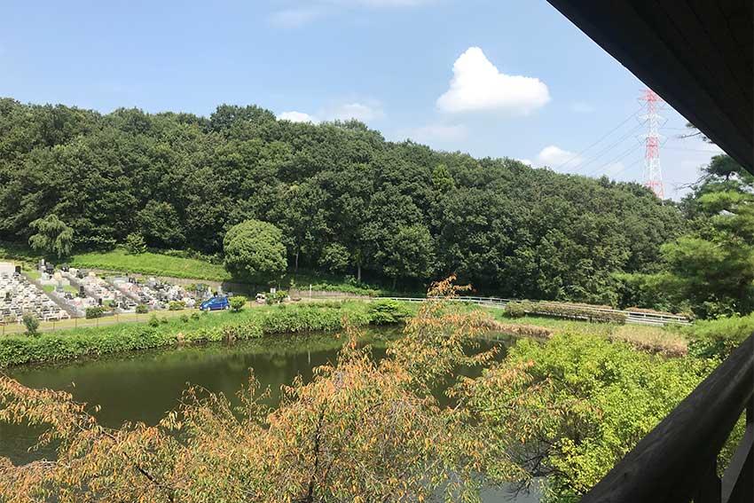 森林湖畔霊苑の全景