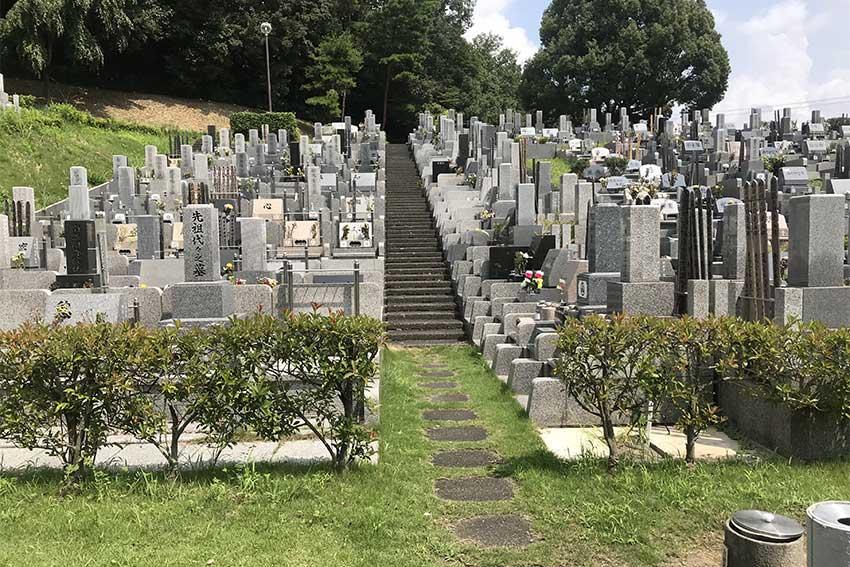 森林湖畔霊苑の墓地区画