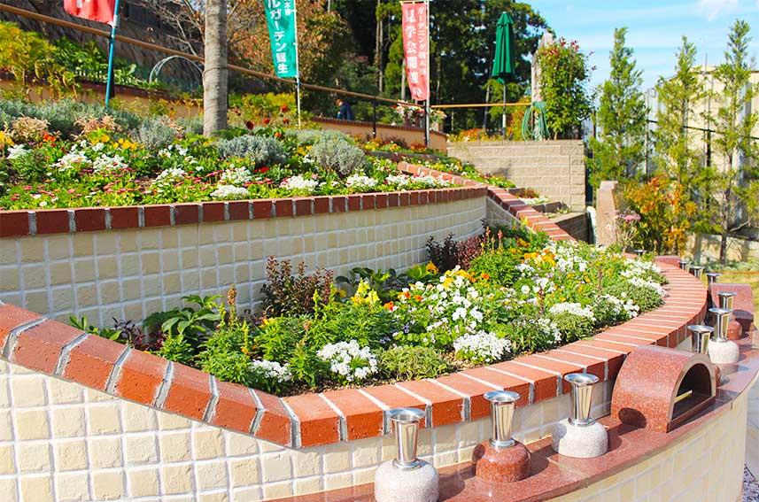 北摂池田メモリアルパークの合祀型自然葬「さくら陵墓」