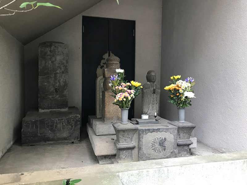 歓名寺 のうこつぼ_17366