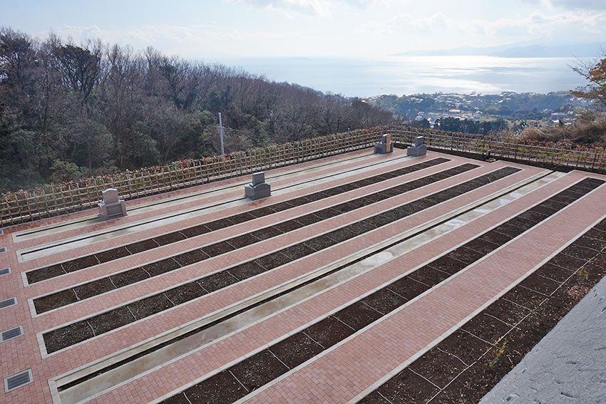 湯河原吉祥公園墓地の海を望む人気区画