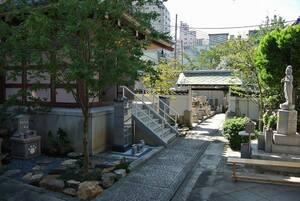 圓妙寺内の風景