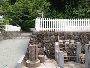 奥多摩霊園の水場・桶置き場