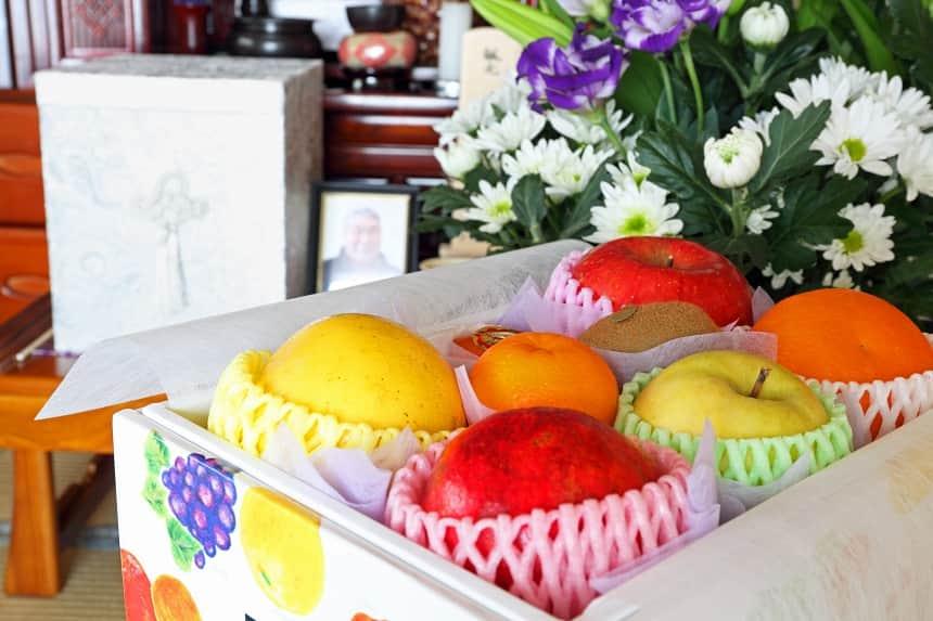 仏壇へのお供え物の果物