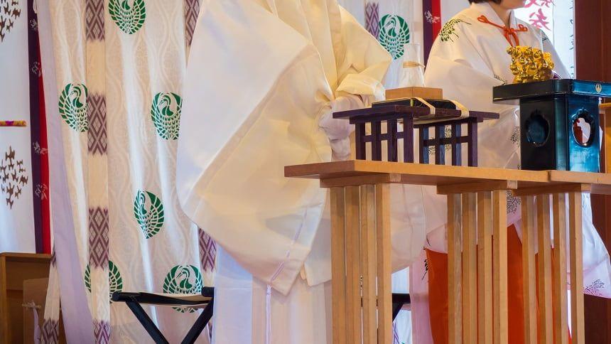 神道の葬式と宗教観がわかる!仏教との違いをやさしく解説