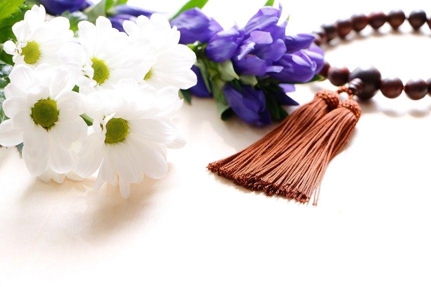 数珠と白菊