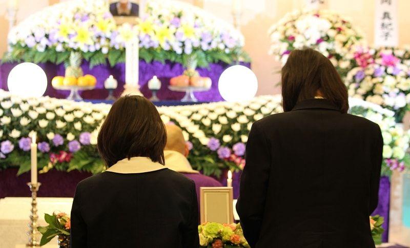 家族葬とは?意外としらないマナーや常識について