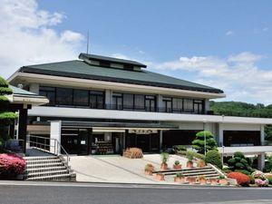 西多摩霊園の管理事務所で礼拝堂や会席室も完備