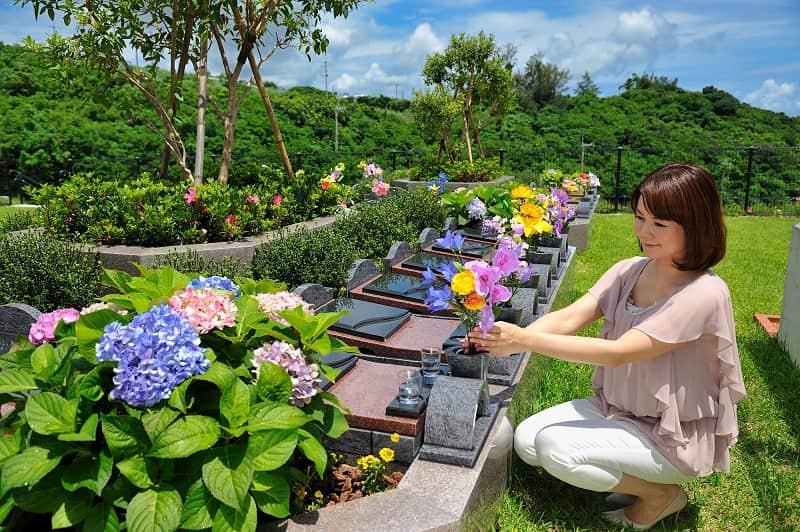 石垣メモリアルパーク永代供養付き樹木葬「花想」