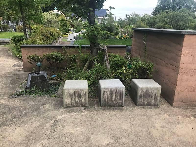 町田いずみ浄苑フォレストパークベンチ