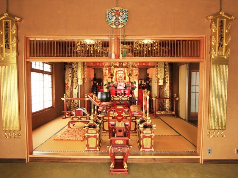 久榮山妙泉寺の中