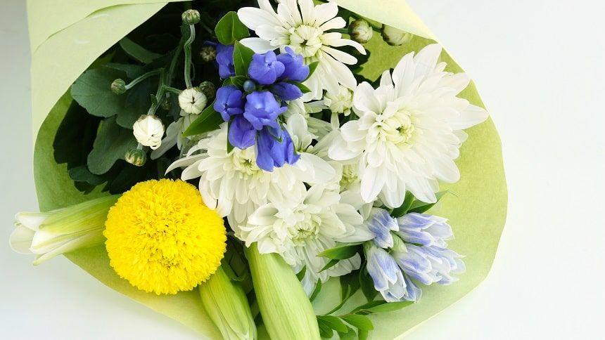 仏壇にお供えする花
