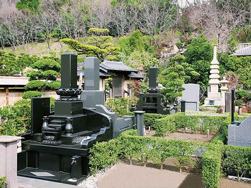 メモリアルフォレスト多磨にかまえる高級墓石