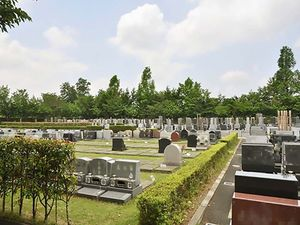 上尾霊園の芝生墓地まだ空きがある区画