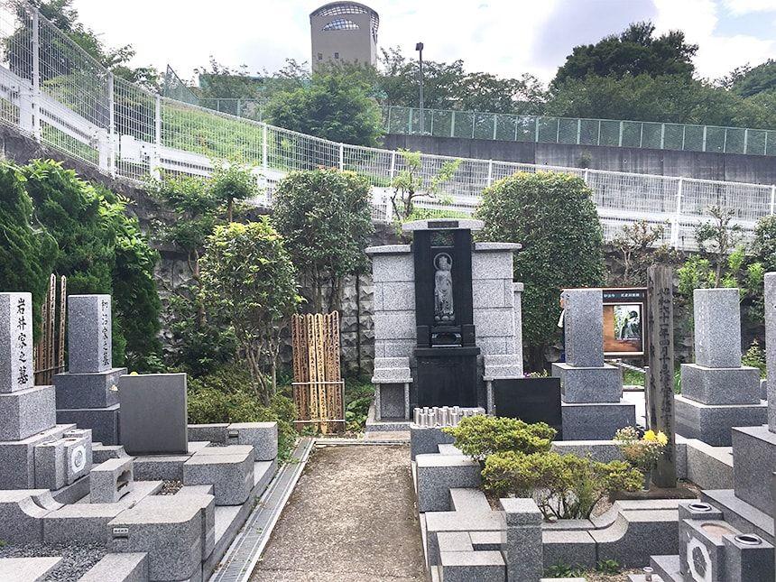 武蔵岡霊園10