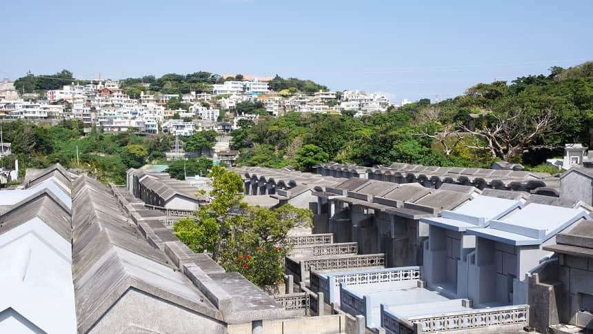 沖縄の霊園