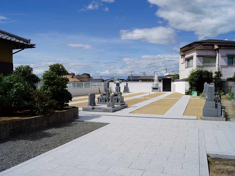 菩提寺墓地